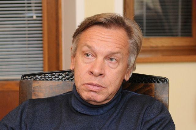 Пушков ответил на слова Макрона о «смерти мозга» НАТО