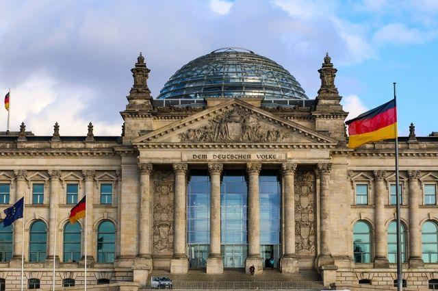 Депутаты бундестага призывают защитить «Северный поток-2»