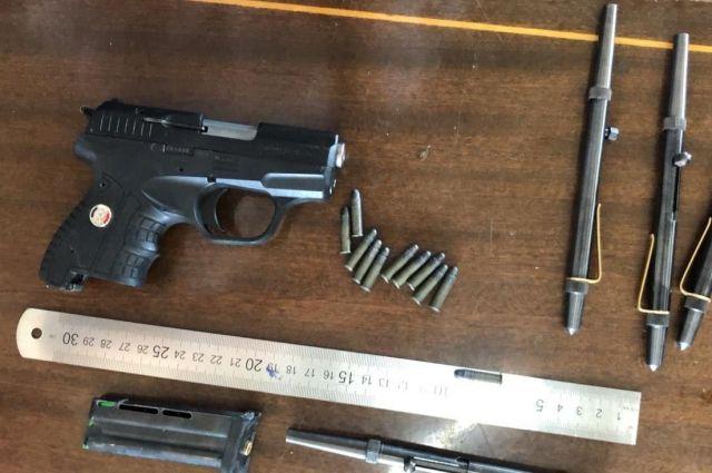 Преступник и его подельник переправляли оружие из Украины