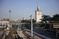 Железнодорожный вокзал в Симферополе.