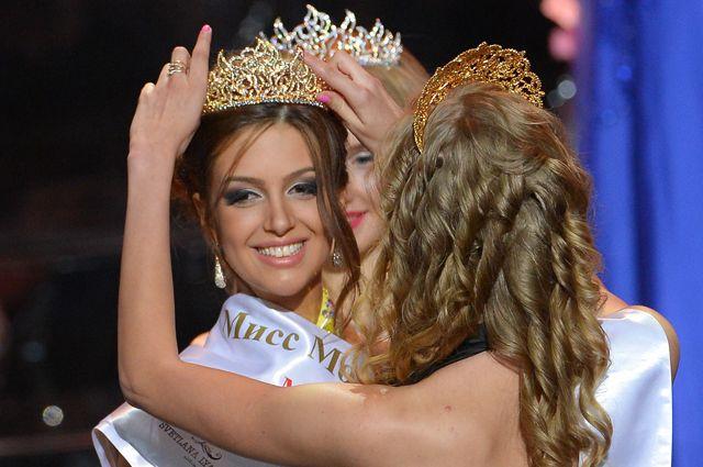 Оксана Воеводина наконкурсе красоты «Мисс Москва 2015».