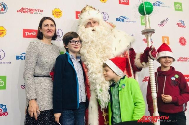 Красноярск открыл четвёртое «Путешествие Деда Мороза с НТВ».