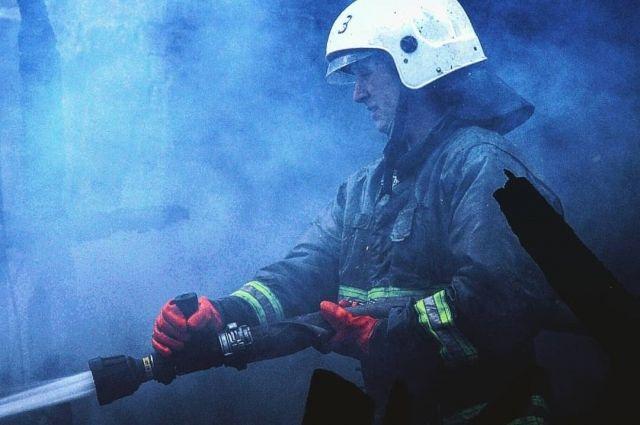 Пять человек погибли при пожаре в жилом доме в Оренбургской области