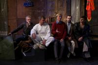 Актёры спектакля «Ухряб» и его режиссёр Василий Конев (в центре) обсуждали постановку со зрителями в лаборатории «Другая сцена - другие спектакли».