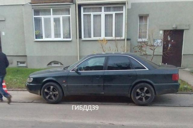 В Калининграде 77-летнего пешехода сбили на тротуаре