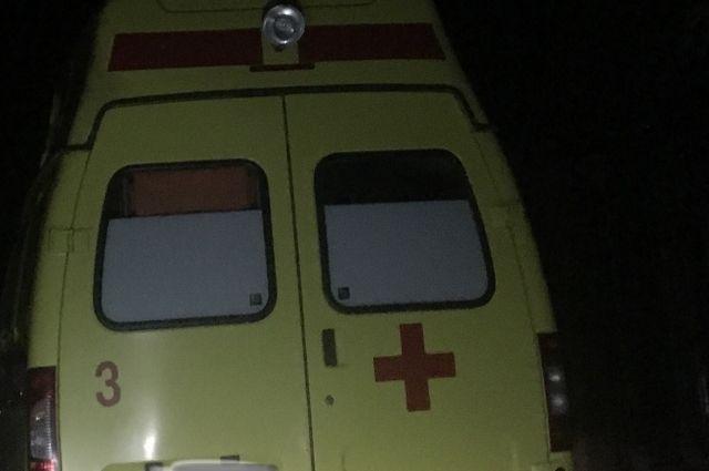 В результате аварии пострадал один из школьников. Его увезли в больницу.