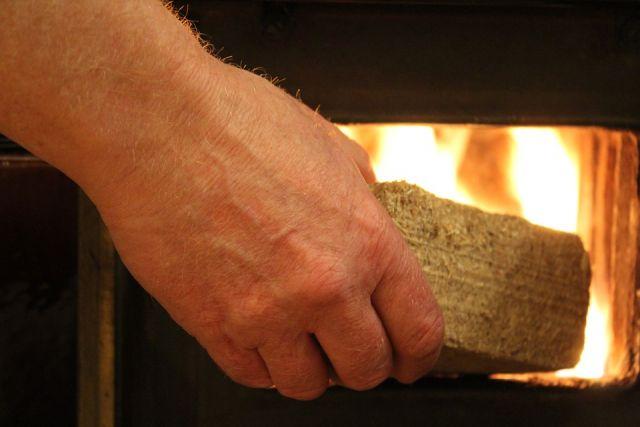 Нехватка электрических мощностей заставила березняковцев всерьез задуматься о печном отоплении