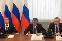 Дмитрий Медведев, Сергей Меняйло и Андрей Травников