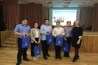 Тюменским школьникам рассказали о роли парламента в жизни общества