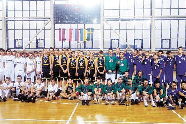 После первого тура БК «Калий-Баскет» делит первое промежуточное место во втором дивизионе EYBL (U-15) c ровесниками из подмосковных «Химок». Второй тур юношеской Евролиги пройдёт в конце января-начале февраля 2020 г. в латвийском Цесисе.