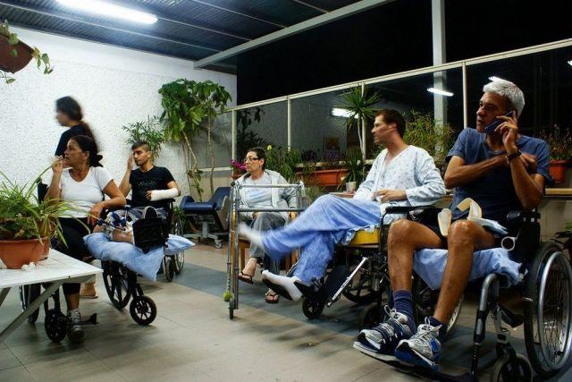 Родственников пожилых и инвалидов будут учить заботе.