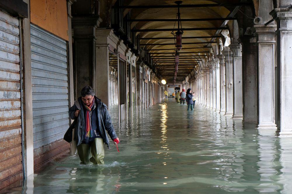На улицах Венеции.