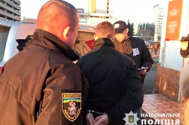 Пытки и похищение людей: в Киеве задержали преступную группировку