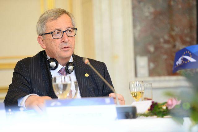 Председатель Еврокомиссии Юнкер перенес операцию по удалению аневризмы