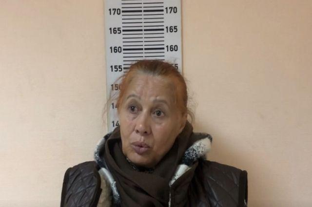 В Тюмени разыскивают женщин, пострадавших от мошенников, снимающих порчу