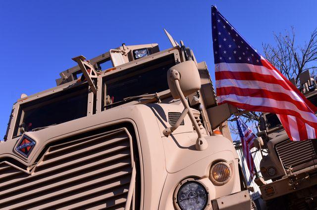 Колонна военной техники США выдвинулась из Алеппо к границе с Ираком