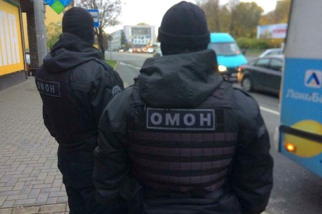 Двоих жителей региона подозревают в организации незаконной миграции