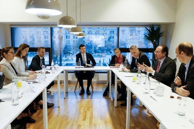 Глава МИД Австрии встретился с представителями ОБСЕ в Киеве: детали