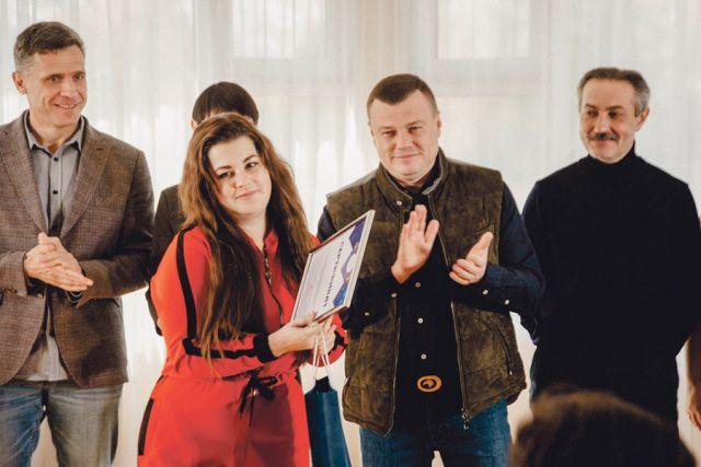 Губернатор Александр Никитин предложил наставникам участвовать в трудоустройстве 30 финалистов с учётом их компетенций и пожеланий.
