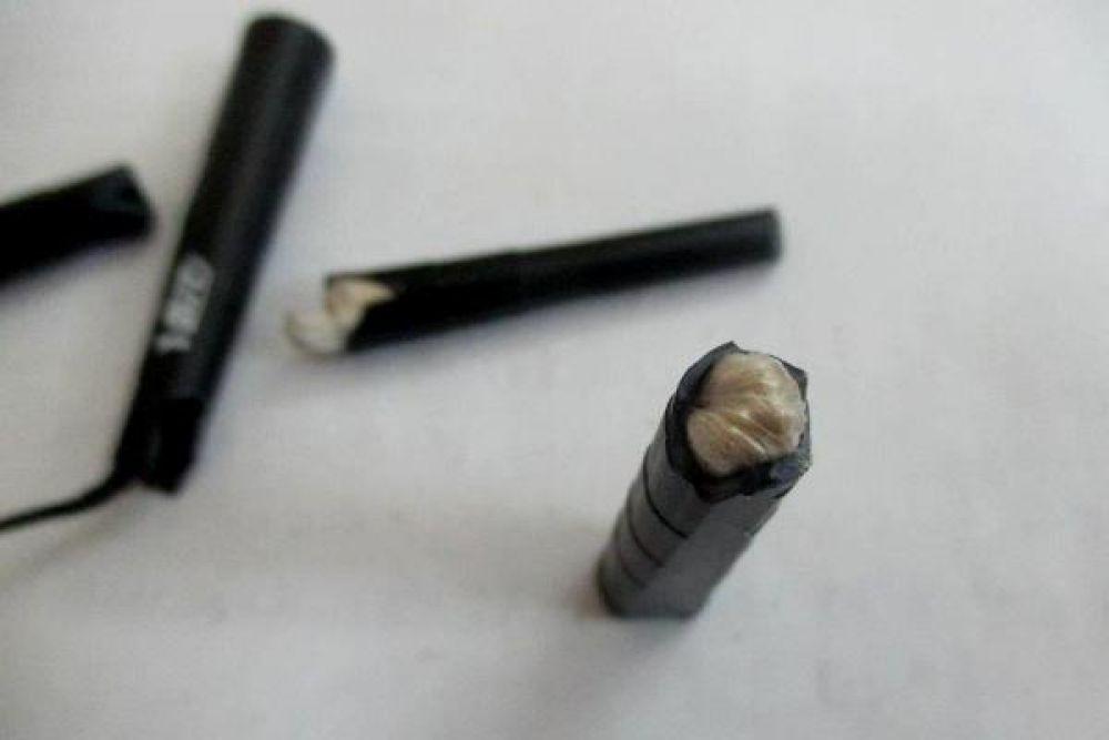31 января 2019 в соликамской ИК-9 при досмотре посылки сотрудники учреждения обнаружили вещество серо-коричневого цвета, спрятанное в рукоятках трёх одноразовых бритвенных станков.