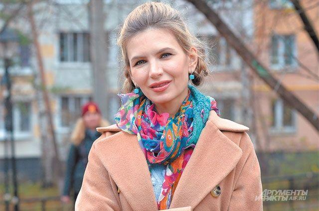 «Наш район уютный, спокойный, здесь легко дышится. Здесь приятно жить»,– говорит актриса ипродюсер Ольга Леснова.