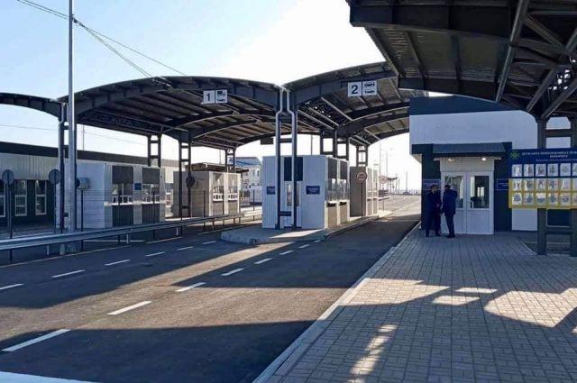 КПВВ «Каланчак» и «Чонгар» возобновили работу после реконструкции