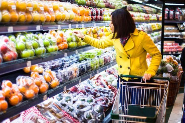 Расходы на продукты питания: украинцы больше всего тратят денег на мясо