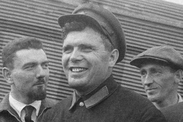 Михаил Водопьянов.