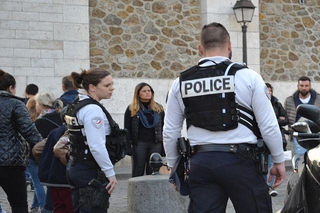 Встолице франции закрылись десятки станций метро из-за «желтых жилетов»