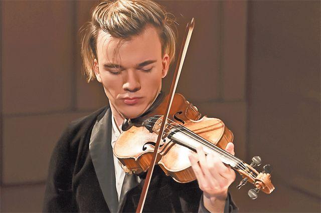 Житель Обручевского района скрипач Юрий Ревич– всемирно признанная звезда вмире классической музыки.