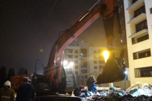 В Ижевске двое рабочих погибли при обвале грунта на стройплощадке