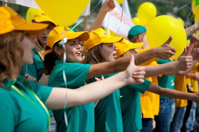 Более 16 тыс. школьников работали в трудовых отрядах в этом году.