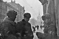 Блокадный Ленинград. Проверка документов. 1942.