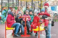 Алексей и Олеся Макаровы с детьми: Андреем, Ириной, Данилой, Ксенией, Арсением, Марией и Михаилом.