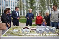 Центр «Новомосковский» даст работу 2500 горожанам.