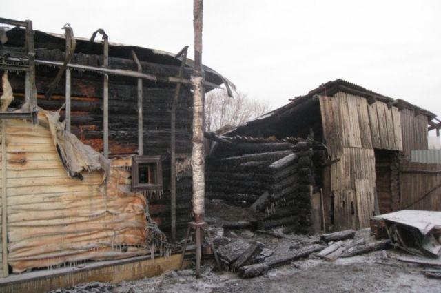 При пожаре в Ишимском районе погибли двое детей
