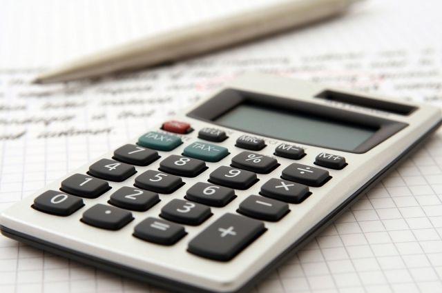 Обсуждение проекта бюджета области на предстоящий год депутаты начали с самых острых вопросов.