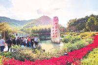 Раньше заводы приносили селу Юй 3 миллиона юаней вгод, атеперь туристы – 5 миллионов (45 млн рублей).