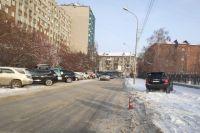 Госавтоинспекторы рекомендуют пешеходам переходить дорогу только в установленном месте.