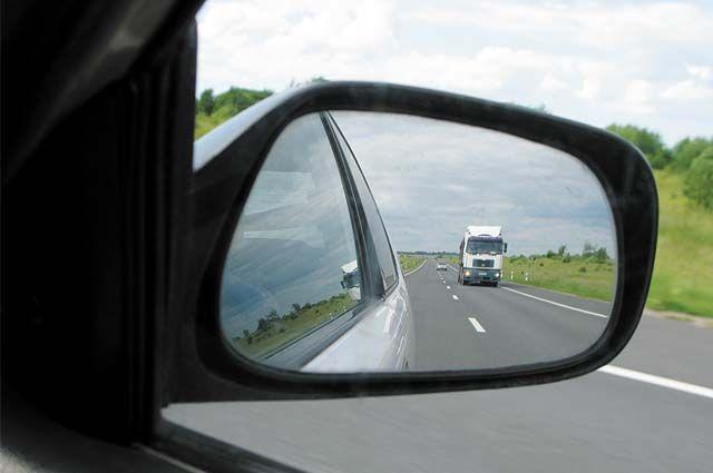 В Киеве автомобиль в четыре раза превысил лимит скорости