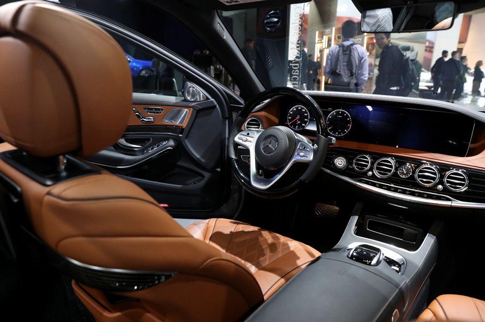 Интерьер Mercedes-Maybach S 650.