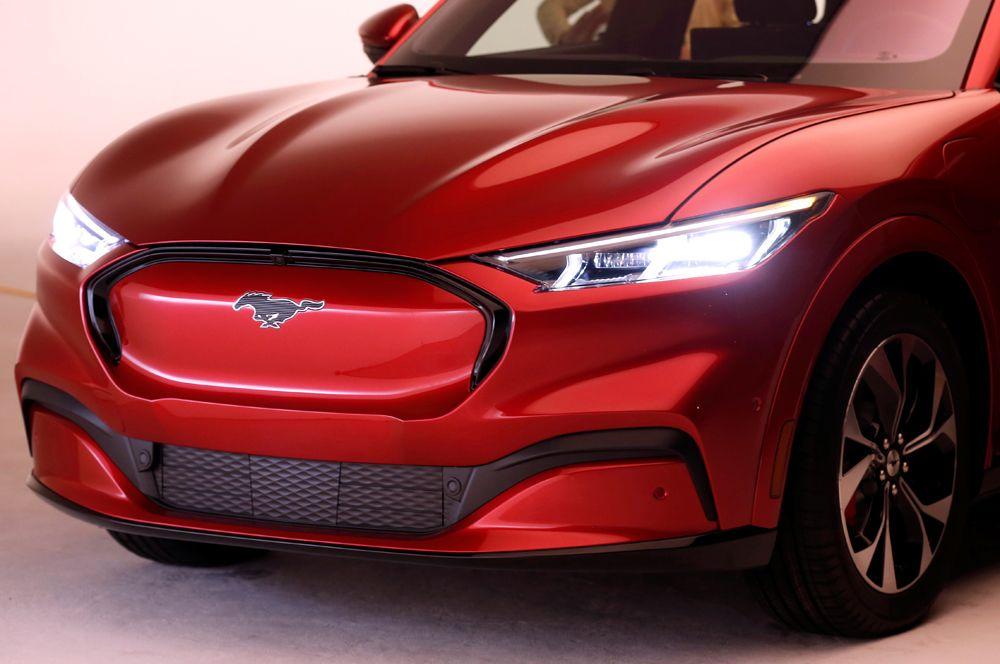 Электрический кроссовер Mustang Mach-E.