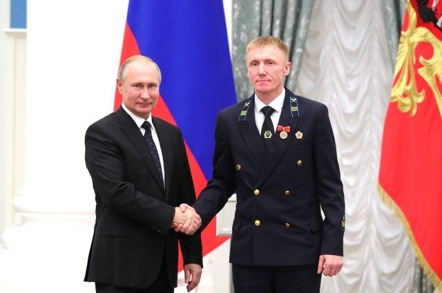 На счету Эдуарда Егоренко 26 лет трудового стажа в угольной отрасли.