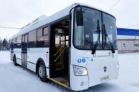 В Новый Уренгой поступили девять новых автобусов на газомоторном топливе