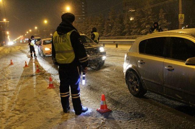 Сотрудники ДПС будут перекрывать дороги