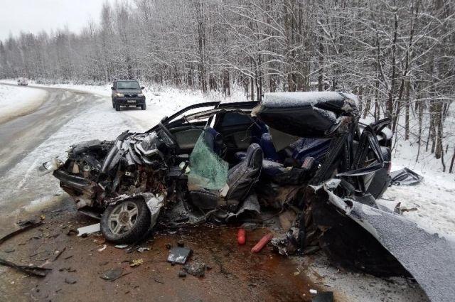 Пассажира ВАЗа госпитализировали.