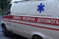 Под Киевом внедорожник врезался в дерево, пассажир в коме