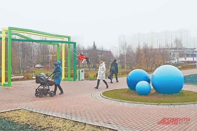 Многие детские площадки района сделаны по индивидуальному проекту.