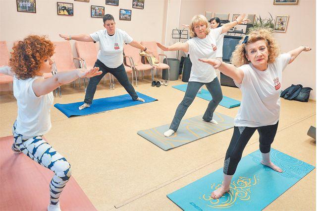 Йога для старшего поколения бутовчан проходит по адресу:  ул. Поляны, д. 57.