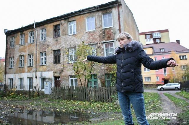 Ирина Манухина: «Дом трещит по швам, а перспектив — никаких!»